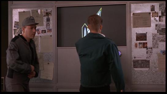 StarshipTroopers-Communique-09